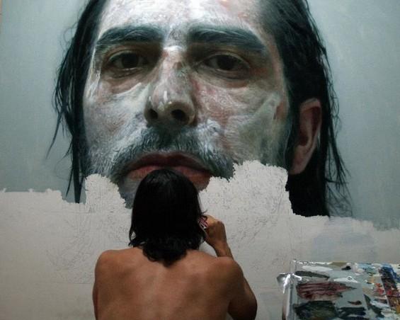 ELOY MORALES pintando